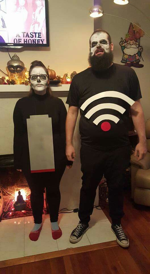 Dead Battery and Low Wi-Fi Halloween Costume