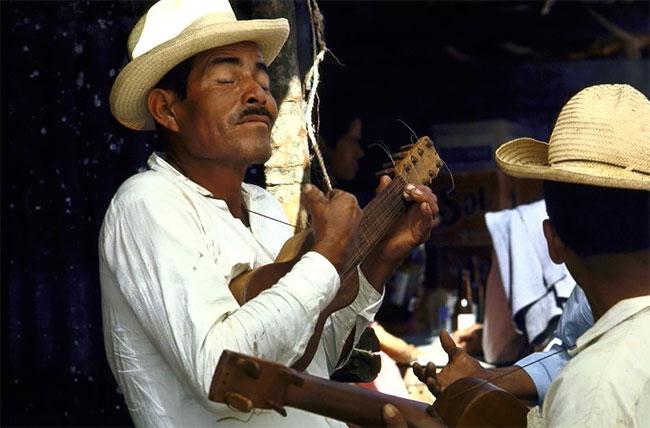 Foto Vintage yang Hidup di Meksiko pada tahun 1968