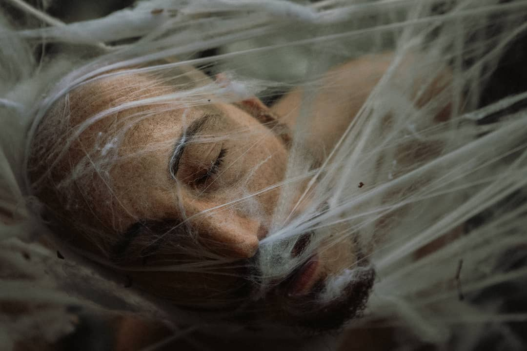 Fotografer Italia Mengekspresikan Dunia Batinnya Melalui Foto Emosional