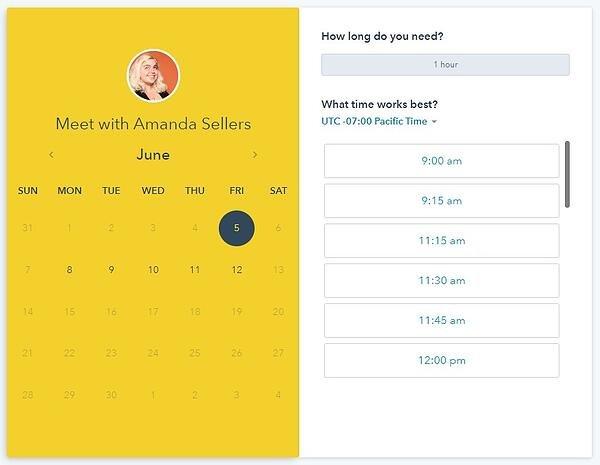 screenshot of hubspot meetings tool calendar picker